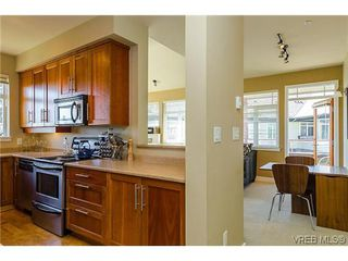 Photo 4: 401E 1115 Craigflower Rd in VICTORIA: Es Gorge Vale Condo for sale (Esquimalt)  : MLS®# 607992