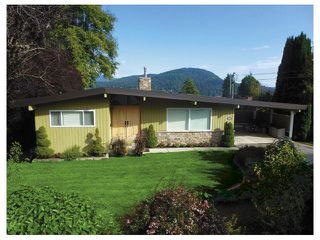 "Photo 1: 680 BAYCREST Drive in North Vancouver: Dollarton House for sale in ""DOLLARTON"" : MLS®# V1003093"