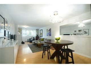 Photo 3: # 115 3 RENAISSANCE SQ in New Westminster: Quay Condo for sale : MLS®# V1044236