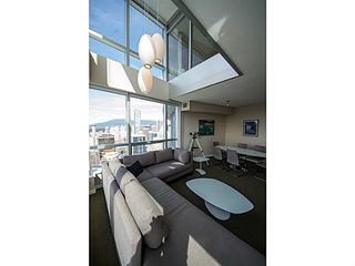 Photo 7: # 3306 833 SEYMOUR ST in Vancouver: Downtown VW Condo for sale (Vancouver West)  : MLS®# V1055837