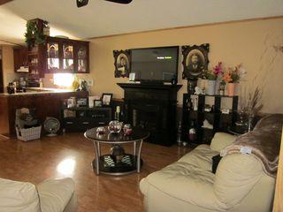 Photo 3: 5119 8 Avenue: Edson Mobile for sale : MLS®# 37104