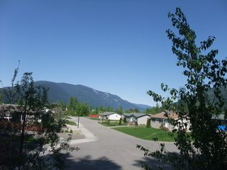 Main Photo: 4530 NE 72 Avenue in Salmon Arm: Canoe Land Only for sale : MLS®# 10111581