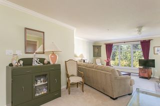 Photo 3: 103 1140 STRATHAVEN DRIVE in NORTH VANC: Northlands Condo for sale (North Vancouver)  : MLS®# R2000208