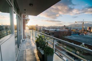 Photo 2: 409 298 E 11TH AVENUE in Vancouver: Mount Pleasant VE Condo for sale (Vancouver East)  : MLS®# R2053656