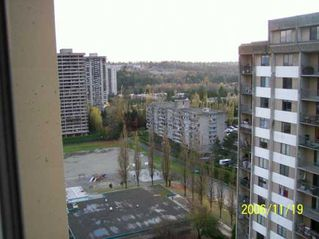 "Photo 9: 9595 ERICKSON Drive in Burnaby: Sullivan Heights Condo for sale in ""CAMERO TOWER"" (Burnaby North)  : MLS®# V620031"
