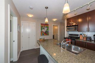 Photo 4: Vancouver: Condo for sale : MLS®# R2075191