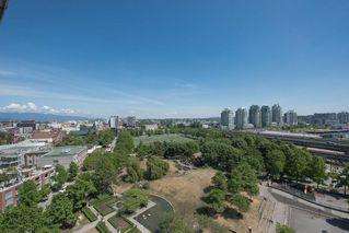Photo 18: Vancouver: Condo for sale : MLS®# R2075191