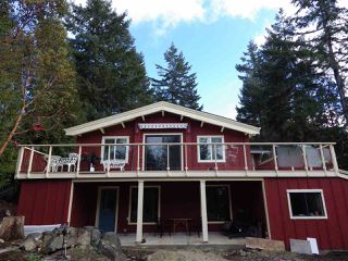 Photo 2: 8967 REDROOFFS ROAD in Halfmoon Bay: Halfmn Bay Secret Cv Redroofs House for sale (Sunshine Coast)  : MLS®# R2131092