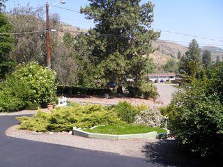 Photo 3: 893 A GREENACRES RD in KAMLOOPS: WESTSYDE House for sale : MLS®# 146710