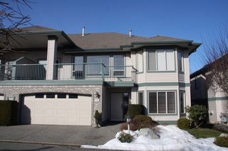 Photo 2: 39 31517 Spur Avenue in Abbotsford: Townhouse for sale : MLS®# R2342059