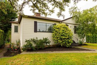 Photo 1: 3887 Seaton St in VICTORIA: SW Tillicum House for sale (Saanich West)  : MLS®# 820853