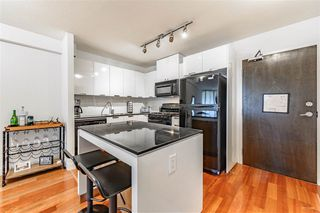 Main Photo: 604 151 W 2ND Street in North Vancouver: Lower Lonsdale Condo for sale : MLS®# R2396189
