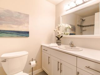 Photo 13: 213 2333 TRIUMPH Street in Vancouver: Hastings Condo for sale (Vancouver East)  : MLS®# R2413119