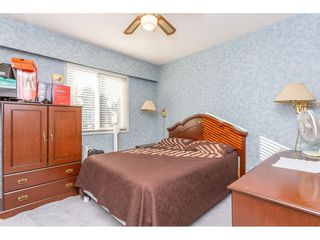 Photo 13: 9358 PRINCE CHARLES Boulevard in Surrey: Queen Mary Park Surrey House for sale : MLS®# R2417764