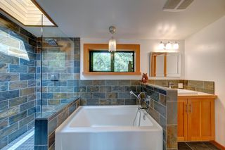 Photo 10: 5122 SUNSHINE COAST HWY Highway in Sechelt: Sechelt District House for sale (Sunshine Coast)  : MLS®# R2420732