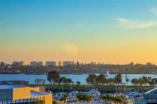 Photo 7: DOWNTOWN Condo for sale : 2 bedrooms : 500 W Harbor Dr #1021 in San Diego