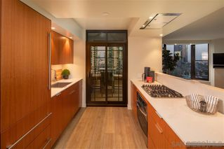 Photo 8: DOWNTOWN Condo for sale : 2 bedrooms : 500 W Harbor Dr #1021 in San Diego