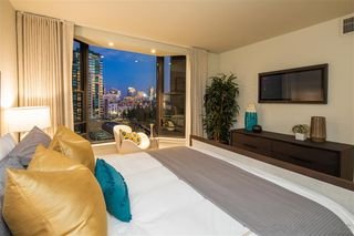 Photo 17: DOWNTOWN Condo for sale : 2 bedrooms : 500 W Harbor Dr #1021 in San Diego