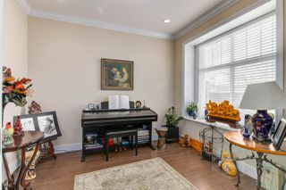 Photo 3: 5514 CLINTON Street in Burnaby: South Slope House 1/2 Duplex for sale (Burnaby South)  : MLS®# R2446458