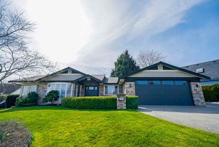 """Main Photo: 5695 SUNRISE WEST Crescent in Surrey: Cloverdale BC House for sale in """"Fairview Estate"""" (Cloverdale)  : MLS®# R2446852"""