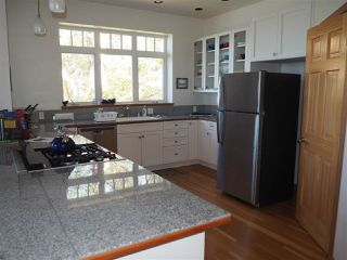 Photo 9: 5173 THREE CEDARS Drive in Madeira Park: Pender Harbour Egmont House for sale (Sunshine Coast)  : MLS®# R2479912