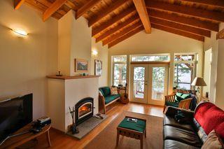 Photo 1: 5173 THREE CEDARS Drive in Madeira Park: Pender Harbour Egmont House for sale (Sunshine Coast)  : MLS®# R2479912