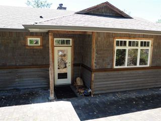 Photo 3: 5173 THREE CEDARS Drive in Madeira Park: Pender Harbour Egmont House for sale (Sunshine Coast)  : MLS®# R2479912