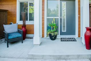 """Photo 2: 22 2978 159 Street in Surrey: Morgan Creek Townhouse for sale in """"WILLS BROOK"""" (South Surrey White Rock)  : MLS®# R2481746"""