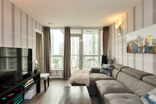 """Photo 2: 1105 833 SEYMOUR Street in Vancouver: Downtown VW Condo for sale in """"Capitol Residences"""" (Vancouver West)  : MLS®# R2499995"""
