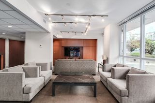 """Photo 22: 1105 833 SEYMOUR Street in Vancouver: Downtown VW Condo for sale in """"Capitol Residences"""" (Vancouver West)  : MLS®# R2499995"""