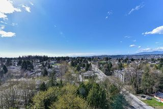 "Photo 22: 2202 10777 UNIVERSITY Drive in Surrey: Whalley Condo for sale in ""CITY POINT"" (North Surrey)  : MLS®# R2511547"