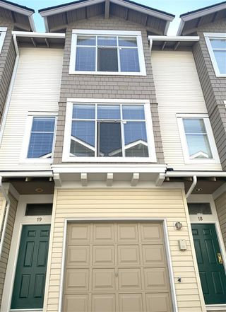 "Photo 3: 19 6588 BARNARD Drive in Richmond: Terra Nova Townhouse for sale in ""CAMBERLY"" : MLS®# R2528336"