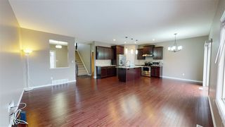 Photo 10: 3351 16B Avenue in Edmonton: Zone 30 House for sale : MLS®# E4225092