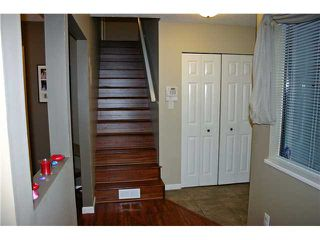 "Photo 8: 3239 MAYNE Crescent in Coquitlam: New Horizons House for sale in ""NEW HORIZONS"" : MLS®# V935409"