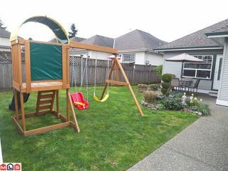 """Photo 10: 6842 184TH Street in Surrey: Cloverdale BC House for sale in """"Cloverdale"""" (Cloverdale)  : MLS®# F1208817"""