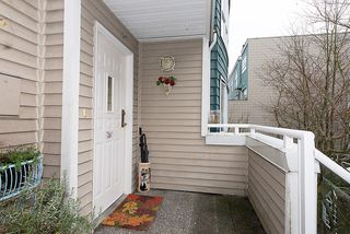 "Photo 3: 22 780 W 15TH Avenue in Vancouver: Fairview VW Townhouse for sale in ""SIXTEEN WILLOWS"" (Vancouver West)  : MLS®# V987109"