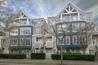 "Photo 1: 22 780 W 15TH Avenue in Vancouver: Fairview VW Townhouse for sale in ""SIXTEEN WILLOWS"" (Vancouver West)  : MLS®# V987109"
