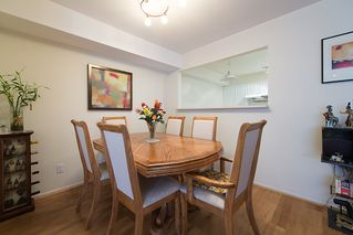 "Photo 9: 22 780 W 15TH Avenue in Vancouver: Fairview VW Townhouse for sale in ""SIXTEEN WILLOWS"" (Vancouver West)  : MLS®# V987109"