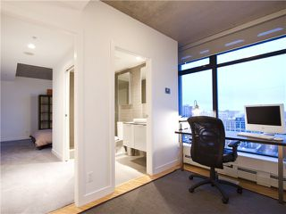 "Photo 17: 2910 128 W CORDOVA Street in Vancouver: Downtown VW Condo for sale in ""WOODWARDS"" (Vancouver West)  : MLS®# V987819"