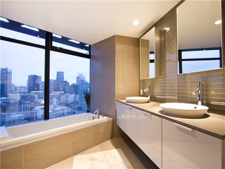 "Photo 16: 2910 128 W CORDOVA Street in Vancouver: Downtown VW Condo for sale in ""WOODWARDS"" (Vancouver West)  : MLS®# V987819"