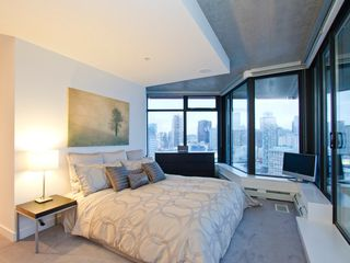 "Photo 4: 2910 128 W CORDOVA Street in Vancouver: Downtown VW Condo for sale in ""WOODWARDS"" (Vancouver West)  : MLS®# V987819"
