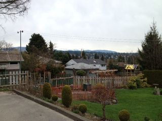 Photo 10: 330 HOULT ST in New Westminster: The Heights NW House for sale : MLS®# V999199