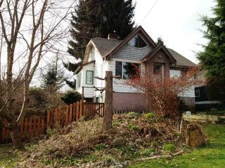 Photo 1: 330 HOULT ST in New Westminster: The Heights NW House for sale : MLS®# V999199