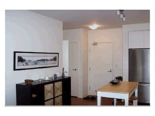 "Photo 5: 211 750 W 12TH Avenue in Vancouver: Fairview VW Condo for sale in ""TAPESTRY"" (Vancouver West)  : MLS®# V1002282"