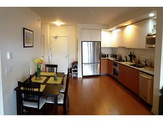 "Photo 3: 211 750 W 12TH Avenue in Vancouver: Fairview VW Condo for sale in ""TAPESTRY"" (Vancouver West)  : MLS®# V1002282"