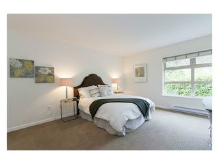 Photo 8: 38 3750 EDGEMONT Blvd in Capilano Highlands: Home for sale : MLS®# V999418