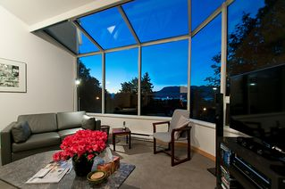 """Photo 26: 4318 W POINT Place in Vancouver: Point Grey House for sale in """"West Point Place"""" (Vancouver West)  : MLS®# V1020121"""