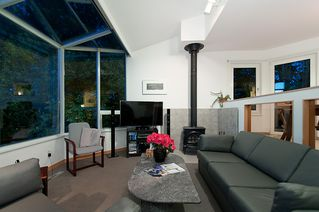 """Photo 25: 4318 W POINT Place in Vancouver: Point Grey House for sale in """"West Point Place"""" (Vancouver West)  : MLS®# V1020121"""
