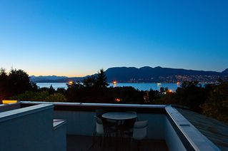 """Photo 45: 4318 W POINT Place in Vancouver: Point Grey House for sale in """"West Point Place"""" (Vancouver West)  : MLS®# V1020121"""