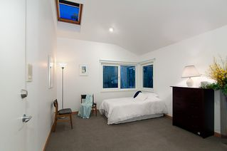 """Photo 35: 4318 W POINT Place in Vancouver: Point Grey House for sale in """"West Point Place"""" (Vancouver West)  : MLS®# V1020121"""